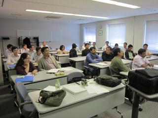 多国籍、カンボジア研修員との合同講義